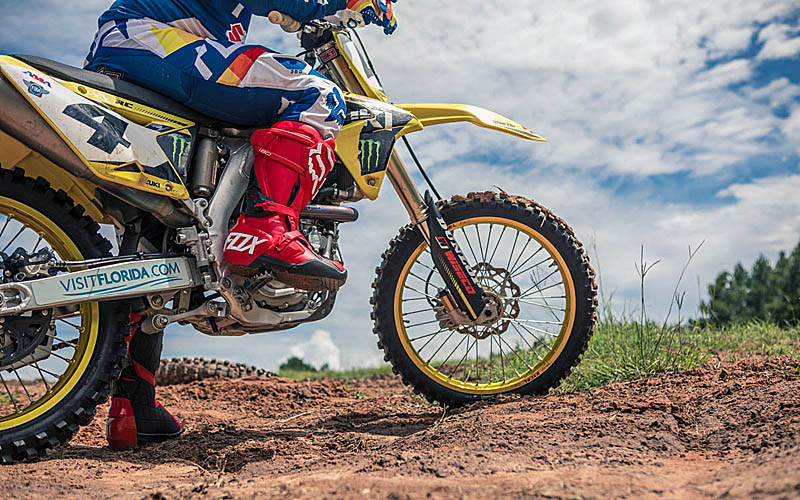 Motoboty_Fox_Racing_180_2018_6.jpg